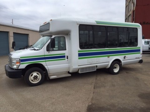 2009 Ford E450 Shuttle Bus for sale