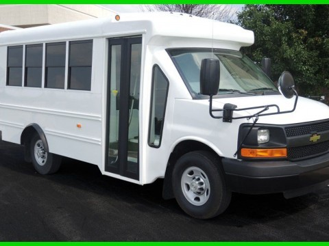 2015 Chevrolet Starcraft 14 Passenger Child/Daycare Bus for sale
