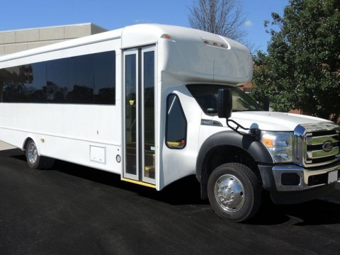 2015 Ford Starcraft 30 Passenger Signature Series Bus for sale