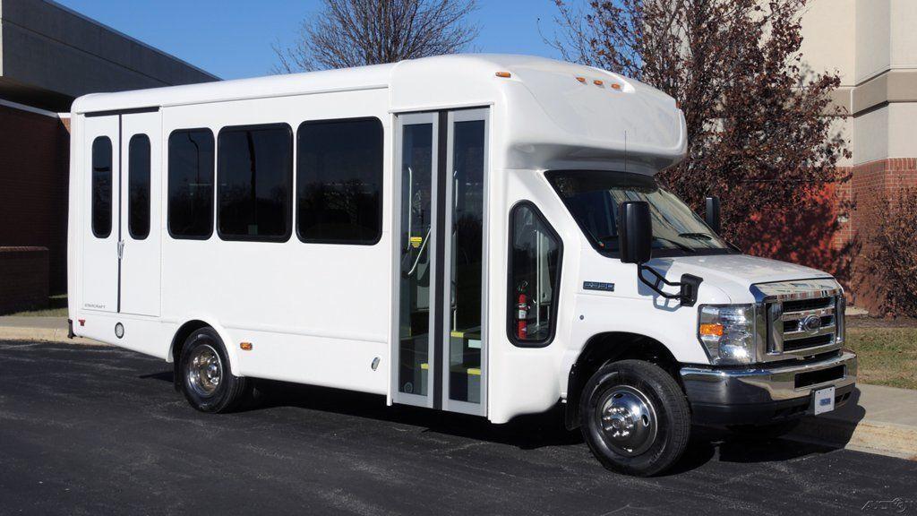 2016 Ford Starcraft 12 Passenger+2 Wheelchair Spaces Bus ...