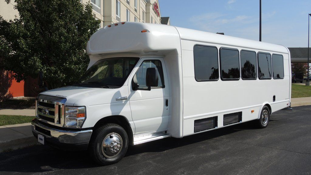 2016 Ford Starcraft 28 Passenger Bus For Sale
