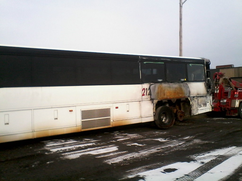 Salvage, 2011 MCI, D4505 Coach Bus For Repair, Project or