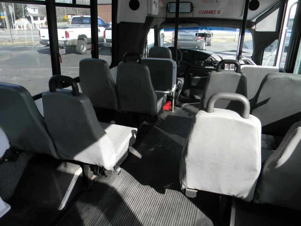 2000 Ford E350 Eldorado Wheelchair Bus For Sale