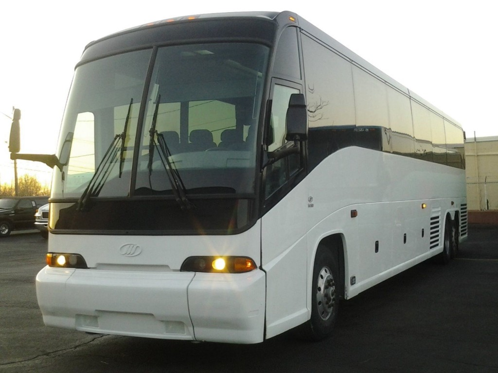 2002 MCI E4500 56pass Motorcoach charter bus for sale