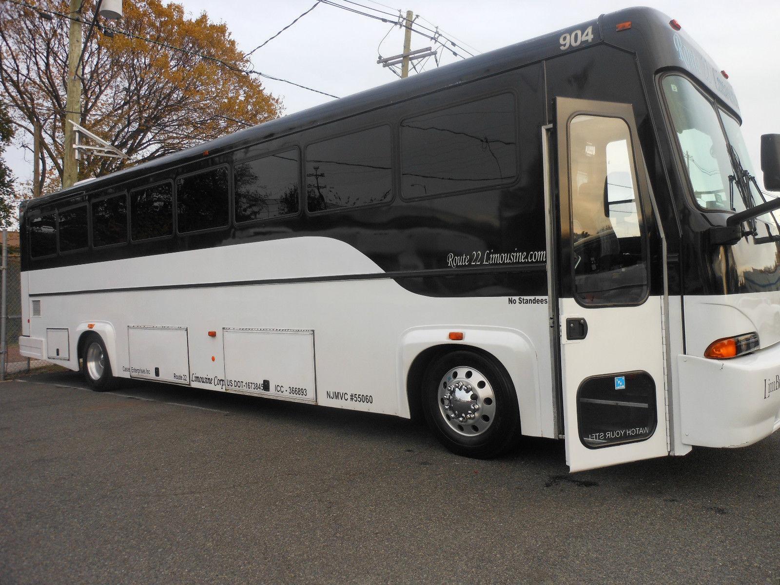 Thomas Built Buses >> 2004 Freightliner 40' Tuxedo Limousine Coach Bus 44 pax ...