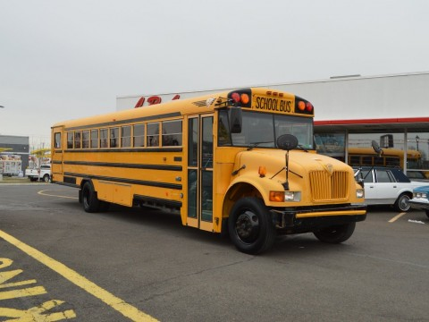 2004 INTERNATIONAL CE-300 DT 466 TURBO DIESEL BUS for sale