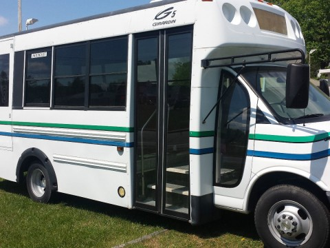 2006 Chevy 3500 12 Passenger bus for sale