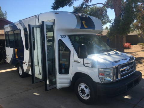 2009 Ford E450 with Handicap Lift bus and Passenger Seating for sale