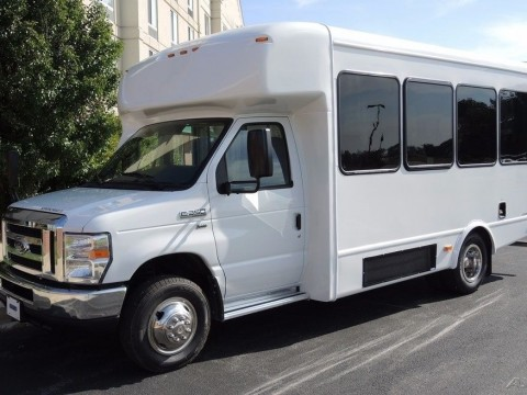 2016 Ford Starcraft 14 Passenger Commercial Bus 5.4 Gas Triton Engine for sale