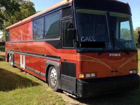 1990 Shell MCI 9 Bunk Entertainer Coach Tour Bus for sale