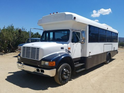 1999 International Shuttle bus for sale