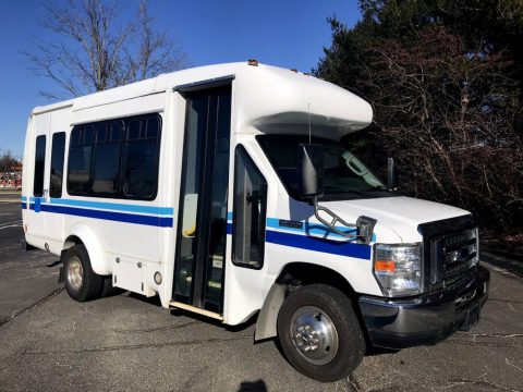 2009 Ford E350 in Excellent Condition for sale