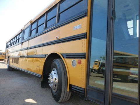 2003 THOMAS 90 PASSENGER SCHOOL BUS for sale