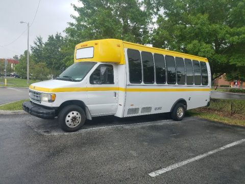 NICE Ford Mini Bus 2003 for sale