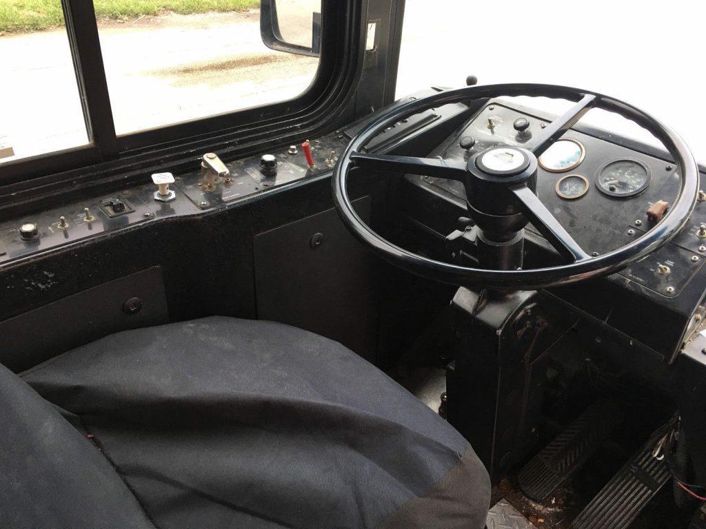 2001 Gillig Transit Bus