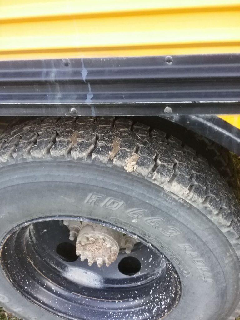 1998 Chevy Bluebird bus