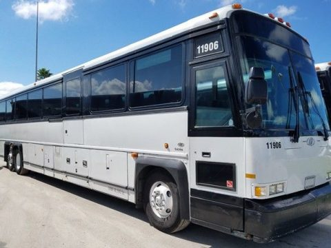 2004 MCI D4500 bus for sale