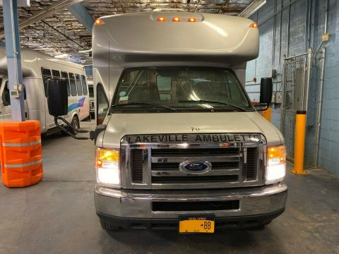 2012 Ford E450 Starcraft Wheelchair Bus Senior & Adult Handicap & Mobility Transport for sale